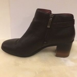 Dansko Shoes - Dansko weatherproof leather ankle boot Perry